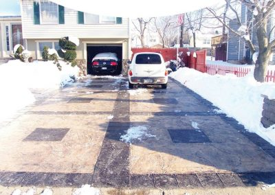 129.Driveway_in_Snow